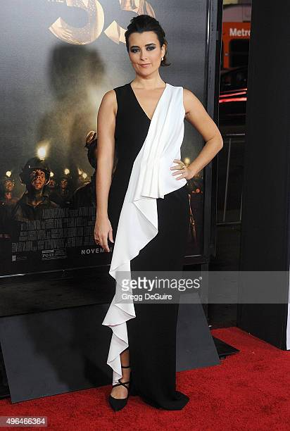 Actress Cote de Pablo arrives at the AFI FEST 2015 Presented By Audi Centerpiece Gala Premiere of The 33 at TCL Chinese Theatre on November 9 2015 in...