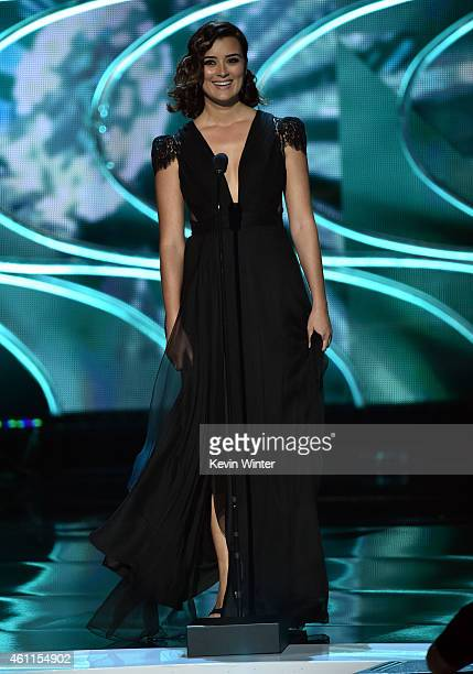 Actress Cote de Pablo speaks onstage at The 41st Annual People's Choice Awards at Nokia Theatre LA Live on January 7 2015 in Los Angeles California