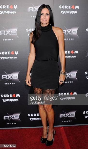Actress Courteney Cox arrives at the Los Angeles Premiere 'Scream 4' at Grauman's Chinese Theatre on April 11 2011 in Hollywood California