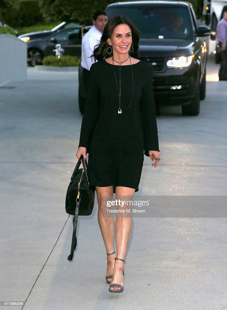 Actress Courteney Cox attends UCLA IOES celebration of the Champions of our Planet's Future on March 24, 2016 in Beverly Hills, California.