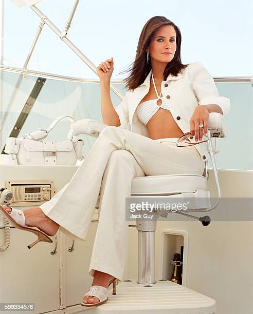 Actress Courteney Cox is photographed for Movieline Magazine in 2002 in Los Angeles California PUBLISHED IMAGE
