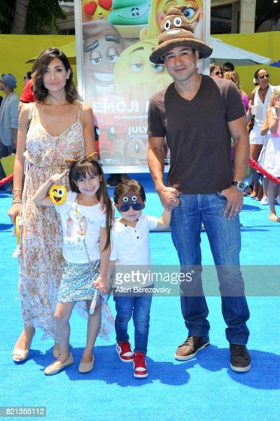 Actress Courtney Laine Mazza, Gia Francesca Lopez, Dominic Lopez and tv personality Mario Lopez attend the premiere of Columbia Pictures and Sony...