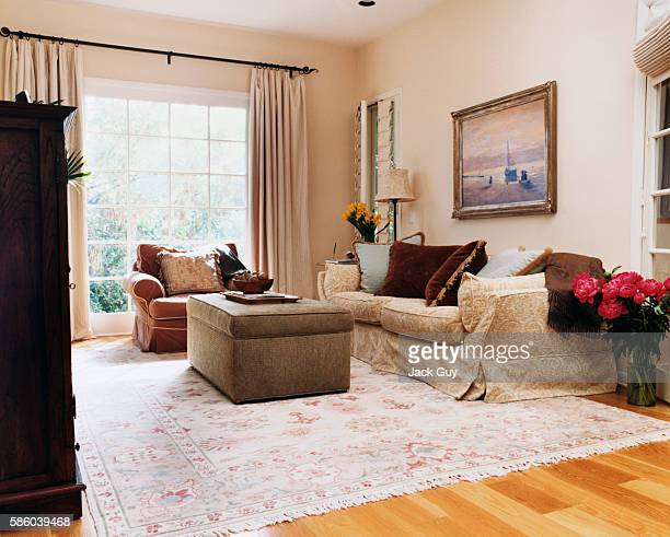 Actress Courtney Thorne-Smith's home is photographed for InStyle in 2002 in Los Angeles, California. Thorne-Smith's living room.