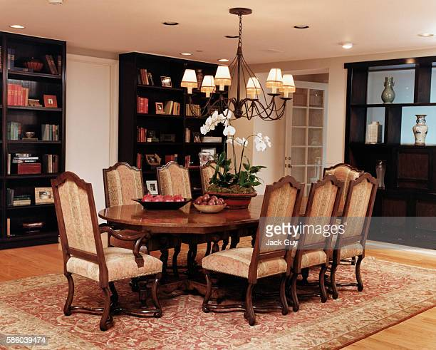 Actress Courtney Thorne-Smith's home is photographed for InStyle in 2002 in Los Angeles, California. Thorne-Smith's dining room.