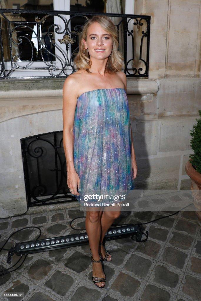 actress-cressida-bonas-attends-the-giorgio-armani-prive-haute-couture-picture-id990995012