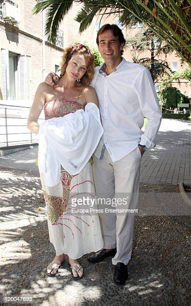Actress Cristina Piaget presents her newborn baby Paul David with her brother David Piaget at Nuestra Senora del Rosario Hospital on July 29 2011 in...