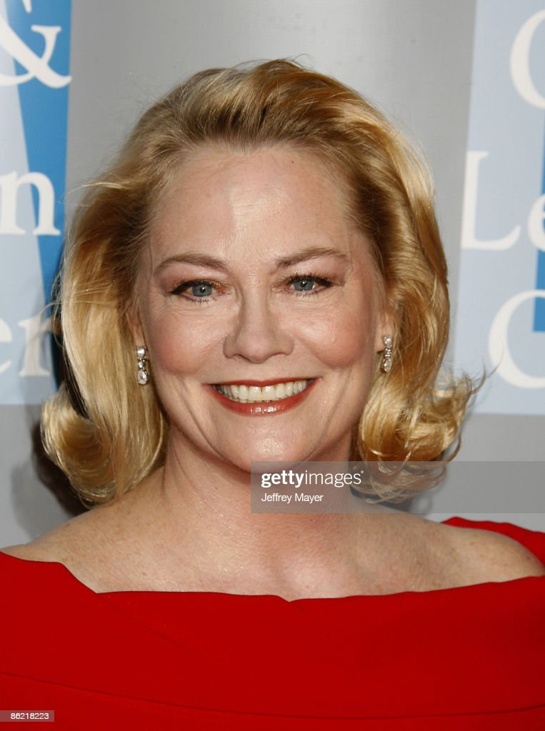 Actress Cybill Shepherd arrives at An Evening With Women: Celebrating Art, Music, & Equality at The Beverly Hilton Hotel on April 24, 2009 in Beverly Hills, California.