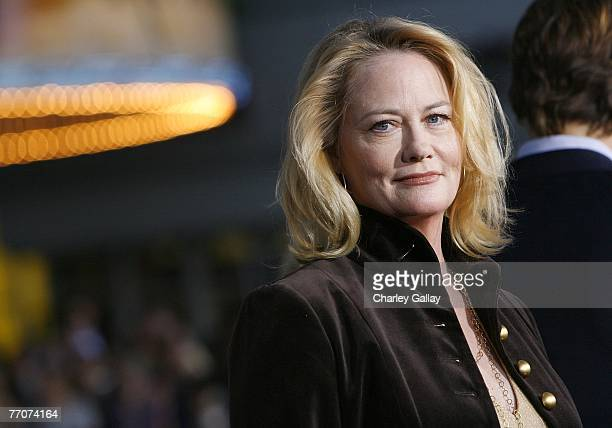 Actress Cybill Shepherd arrives at the premiere of Dreamworks' 'The Heartbreak Kid' at Mann's Village Theater on September 27 2007 in Los Angeles...
