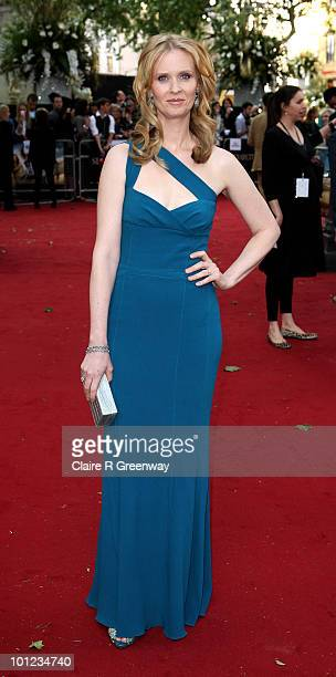Actress Cynthia Nixon arrives at the UK premiere of Sex And The City 2 at Odeon Leicester Square on May 27, 2010 in London, England.