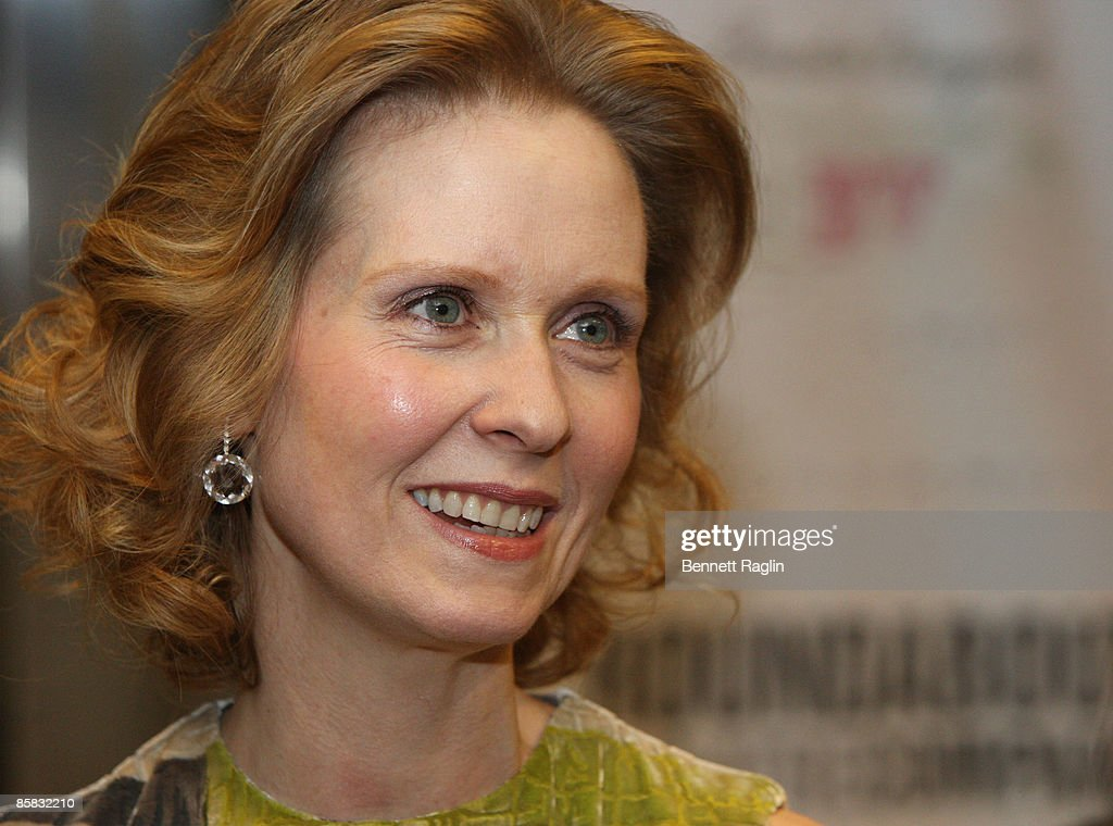 Actress Cynthia Nixon attends the Roundabout Theatre Company's 2009 Spring Gala at Roseland Ballroom on April 6, 2009 in New York City.