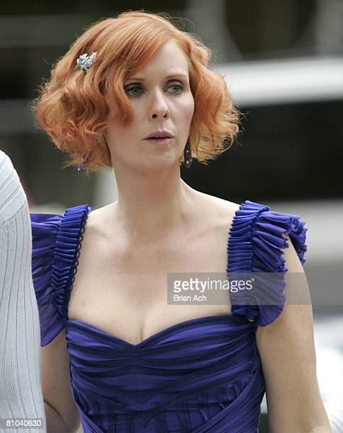 Actress Cynthia Nixon in her bridesmaids' dress on location for Sex and the City The Movie on October 2 in New York City
