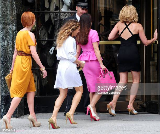 Actress Cynthia NixonSarah Jessica ParkerKristen Davis and Kim Cattrall filming on location for Sex And The City 2 on the streets of Manhattan on...