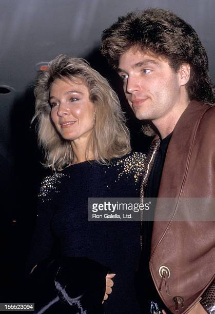 Actress Cynthia Rhodes and musician Richard Marx attend the Dirty Dancing New York City Premiere on August 17 1987 at the Gemini 1 2 in New York City