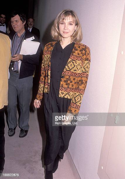 Actress Cynthia Rhodes attends The Scott Newman Center's 10th Anniversary Gala Honors Warren Cowan on November 9 1990 at Beverly Hilton Hotel in...