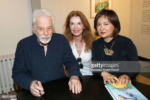 Actress Cyrielle Clair standing between Alejandro Jodorowsky and Pascale MontandonJodorowsky attend the pascALEjandro L'Androgyne Alchimique...