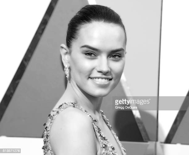Actress Daisy Ridley arrives at the 88th Annual Academy Awards at Hollywood Highland Center on February 28 2016 in Hollywood California