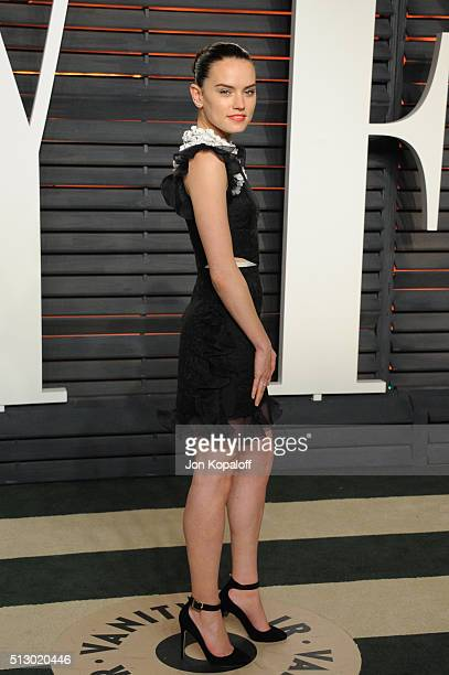 Actress Daisy Ridley attends the 2016 Vanity Fair Oscar Party hosted By Graydon Carter at Wallis Annenberg Center for the Performing Arts on February...