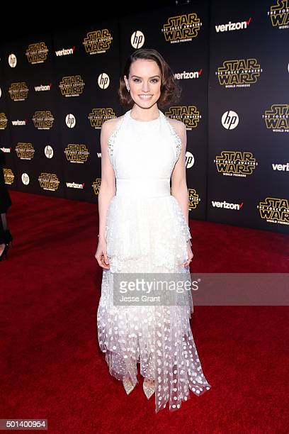 """Actress Daisy Ridley attends the World Premiere of """"Star Wars The Force Awakens"""" at the Dolby El Capitan and TCL Theatres on December 14 2015 in..."""