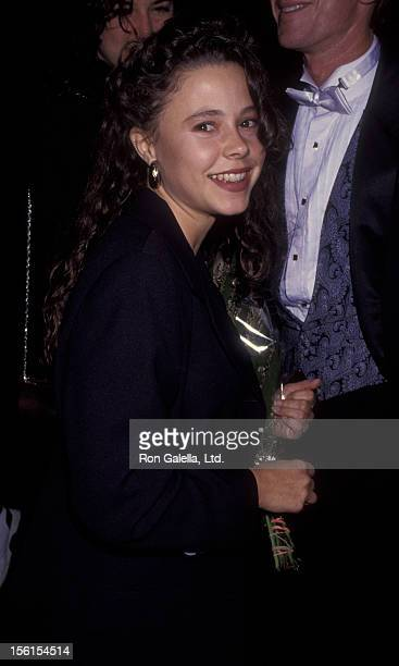Actress Dana Barron attends the premiere of 'Six Degrees Of Seperation' on October 15 1992 at the Doolittle Theater in Hollywood California