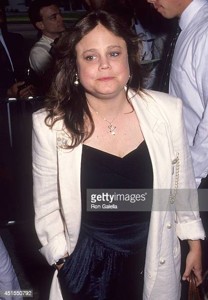 Actress Dana Hill attends the Alien 3 Century City Premiere on May 19 1992 at the Cineplex Odeon Century Plaza Cinemas in Century City California