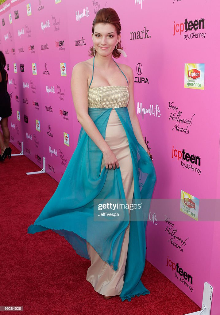 Actress Dani Thorne arrives at the 12th annual Young Hollywood Awards sponsored by JC Penney , Mark. & Lipton Sparkling Green Tea held at the Ebell of Los Angeles on May 13, 2010 in Los Angeles, California.