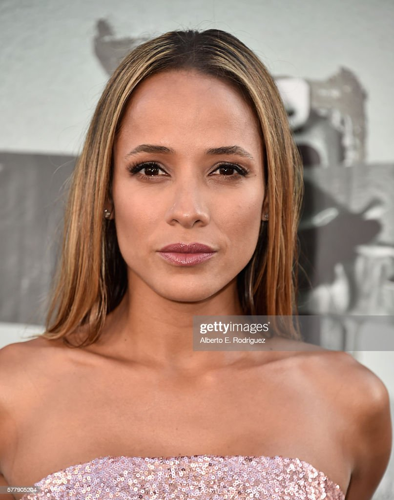 """Premiere Of New Line Cinema's """"Lights Out"""" - Arrivals"""