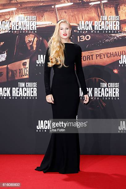 US actress Danika Yarosh attends the 'Jack Reacher Never Go Back' Berlin Premiere at CineStar Sony Center Potsdamer Platz on October 21 2016 in...