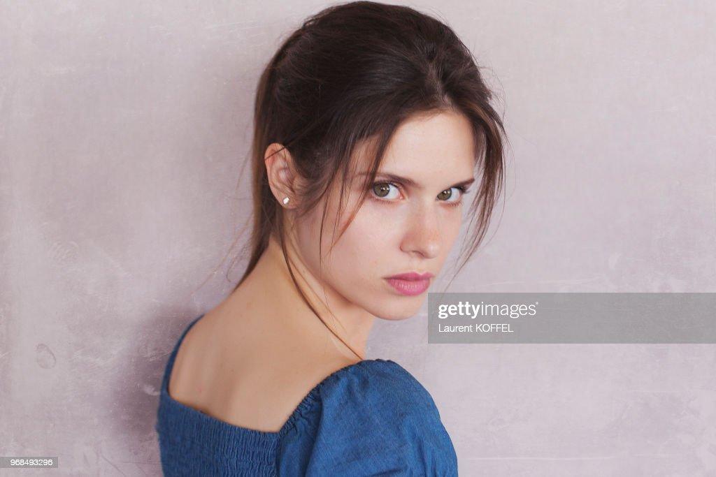 L'actrice Daphne Patakia : Photo d'actualité