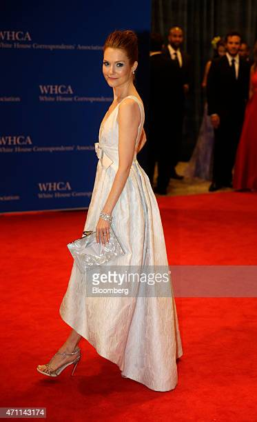 Actress Darby Stanchfield arrives for the White House Correspondents' Association dinner in Washington DC US on Saturday April 25 2015 The 101st WHCA...