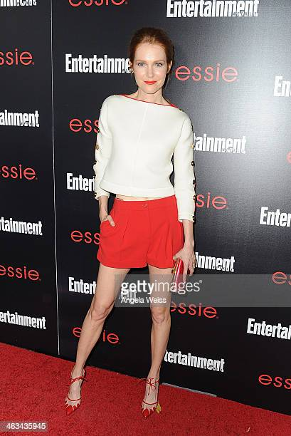 Actress Darby Stanchfield attends the Entertainment Weekly celebration honoring this year's SAG Awards nominees sponsored by TNT TBS and essie at...