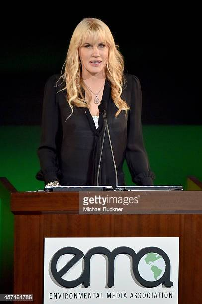 Actress Daryl Hannah speaks at the 24th Annual Environmental Media Awards presented by Toyota and Lexus at Warner Bros Studio on October 18 2014 in...