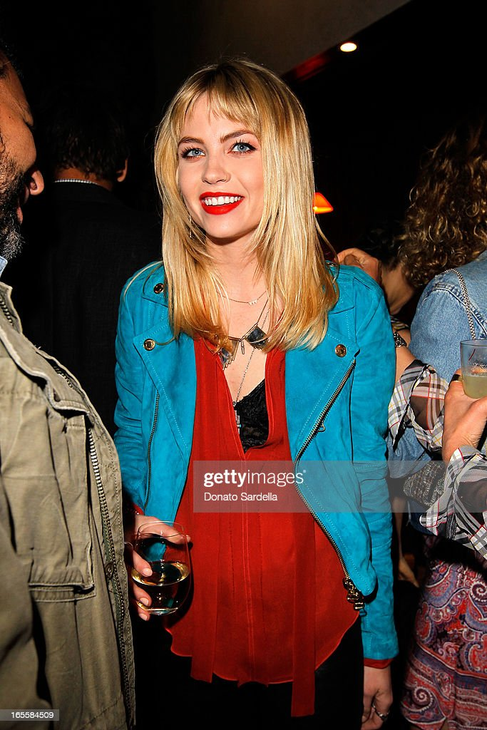 """Vogue """"Triple Threats"""" Dinner Hosted By Sally Singer And Lisa Love : News Photo"""