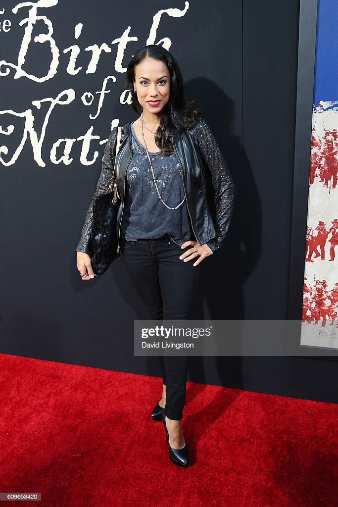 Actress Daya Vaidya arrives at the Premiere of Fox Searchlight Pictures' 'The Birth Of A Nation' at the ArcLight Cinemas Cinerama Dome on September 21, 2016 in Hollywood, California.