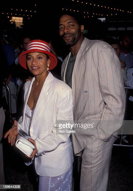 Actress Debbie Allen and husband Norman Nixon attending the premiere of Alien 3 on May 19 1992 at the Cineplex Odeon Cinema in Century City California
