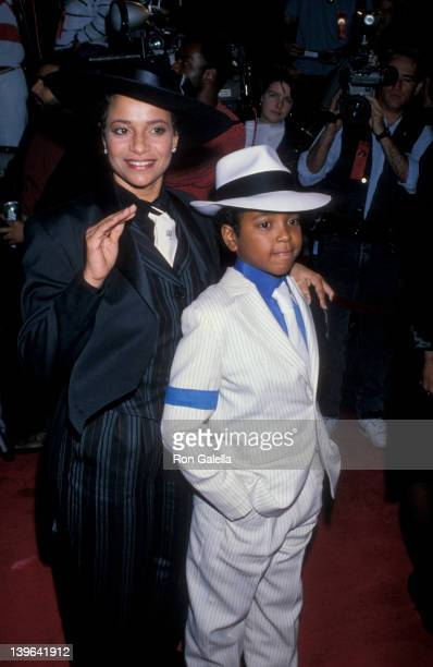 Actress Debbie Allen and son Norman Nixon Jr attending the premiere of Harlem Nights on November 16 1989 at Mann Chinese Theater in Hollywood...