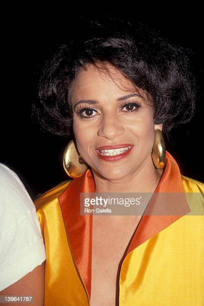 Actress Debbie Allen attending 15th Annual Film Teachers Awards on April 30, 1991 at Sportsman's Lodge in Studio City, California.
