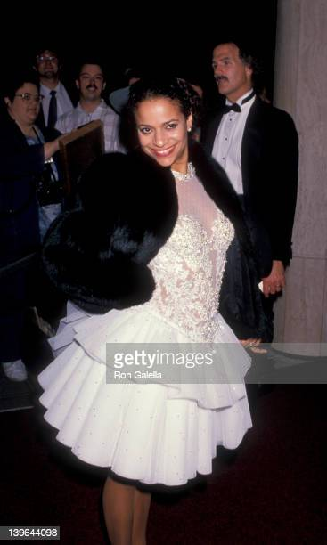 Actress Debbie Allen attending 15th Annual People's Choice Awards on March 12 1989 at Disney Studios in Burbank California