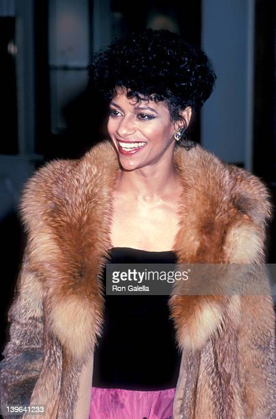 Actress Debbie Allen attending 40th Annual Golden Globe Awards on January 29 1983 at the Beverly Hilton Hotel in Beverly Hills California
