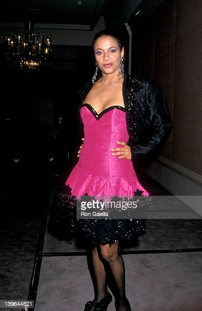 Actress Debbie Allen attending 47th Annual Golden Globe Awards on January 20 1990 at the Beverly Hilton Hotel in Beverly Hills California