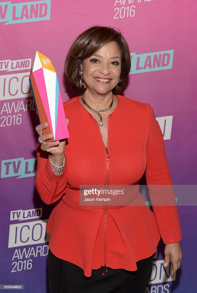 Actress Debbie Allen poses backstage with an Icon Award at 2016 TV Land Icon Awards at The Barker Hanger on April 10, 2016 in Santa Monica, California.