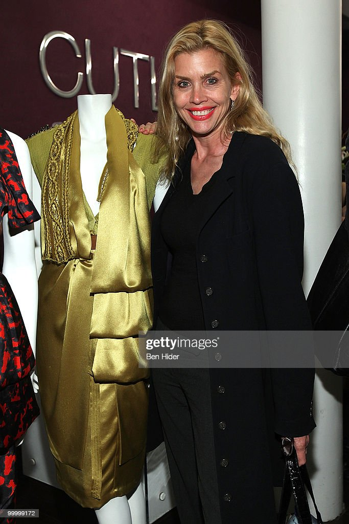 Actress Debbie Dickinson attends the Celebrate Summer in Style party at Cutler Soho Salon on May 19, 2010 in New York City.