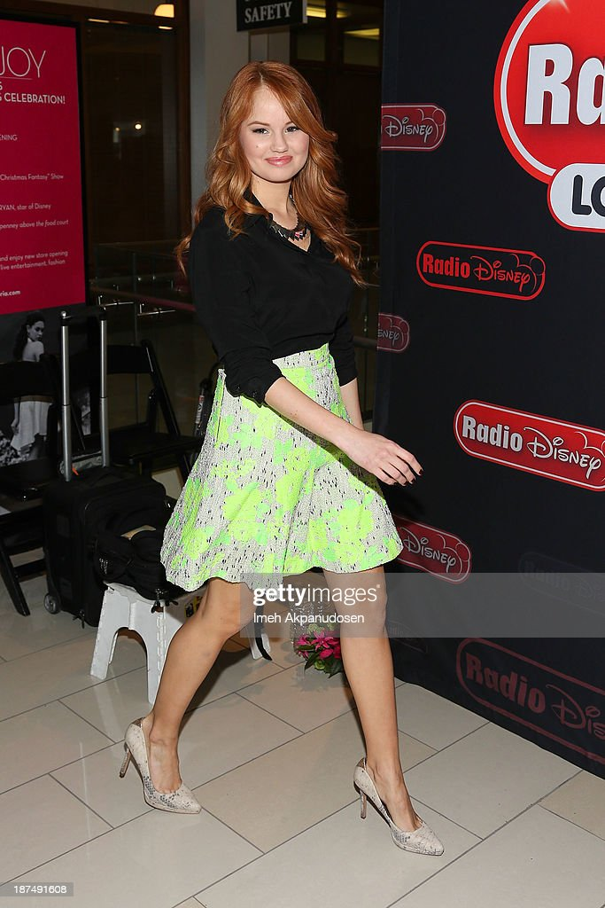 Debby ryan special appearancemeet and greet at the glendale actress debby ryan makes a special appearance for a meet and greet at glendale galleria on m4hsunfo