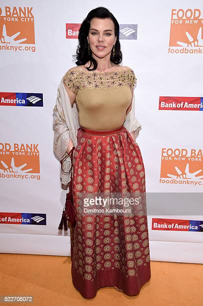 Actress Debi Mazar attends the Food Bank Of New York City's Can Do Awards 2016 hosted by Mario Batali at Cipriani Wall Street on April 20, 2016 in...