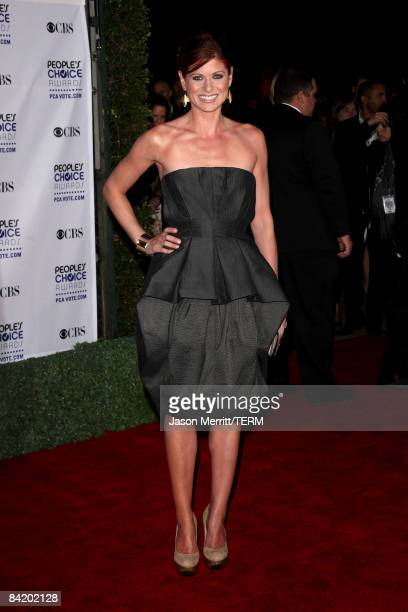 Actress Debra Messing arrives at the 35th Annual People's Choice Awards held at the Shrine Auditorium on January 7 2009 in Los Angeles California