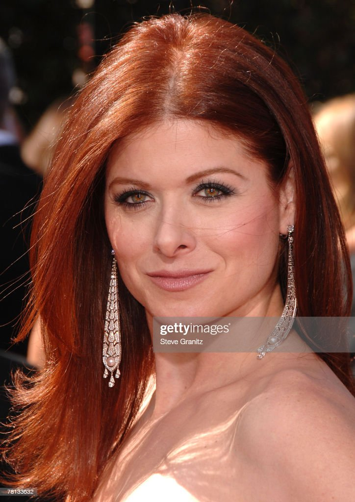 Actress Debra Messing arrives at the 59th Annual Primetime Emmy Awards at the Shrine Auditorium on September 16, 2007 in Los Angeles, California.