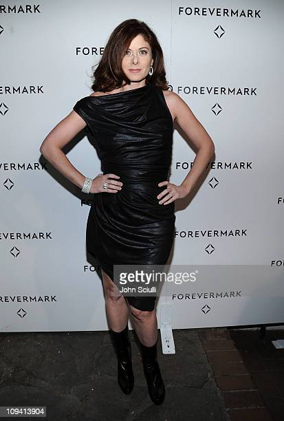 Actress Debra Messing attends private dinner to honor Academy Award nominee Michelle Williams hosted by Forevermark held at Chateau Marmont on...