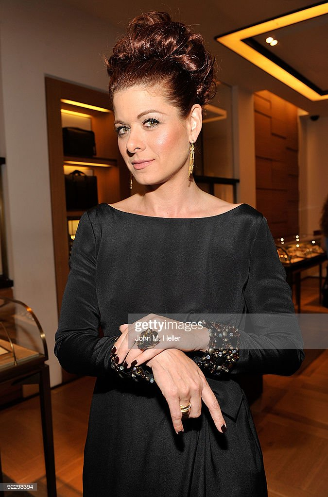 Actress Debra Messing attends the Rodeo Drive Walk Of Style held at the Cartier Boutique on October 22, 2009 in Beverly Hills, California.
