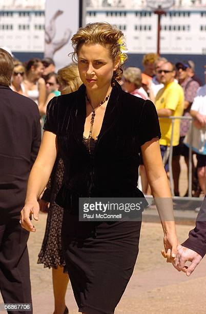 Actress Dee Smart attends the memorial service for Kerry Packer at the Sydney Opera House on February 17 2006 in Sydney Australia Packer Australia's...