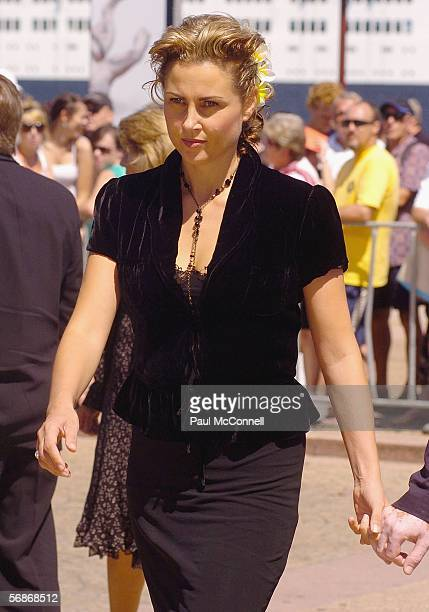 Actress Dee Smart attends the memorial service for Kerry Packer at the Sydney Opera House on February 17 2006 in Sydney Australia Kerry Packer...