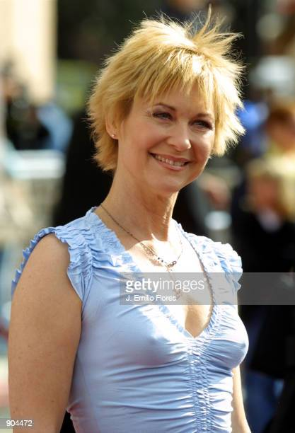 Actress Dee Wallace Stone attends the premiere of the 20th anniversary version of director Steven Spielberg's movie ET The ExtraTerrestrial March 16...